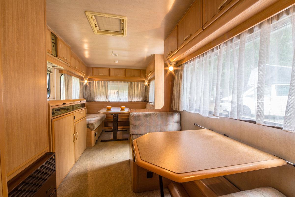 Caravan - interni