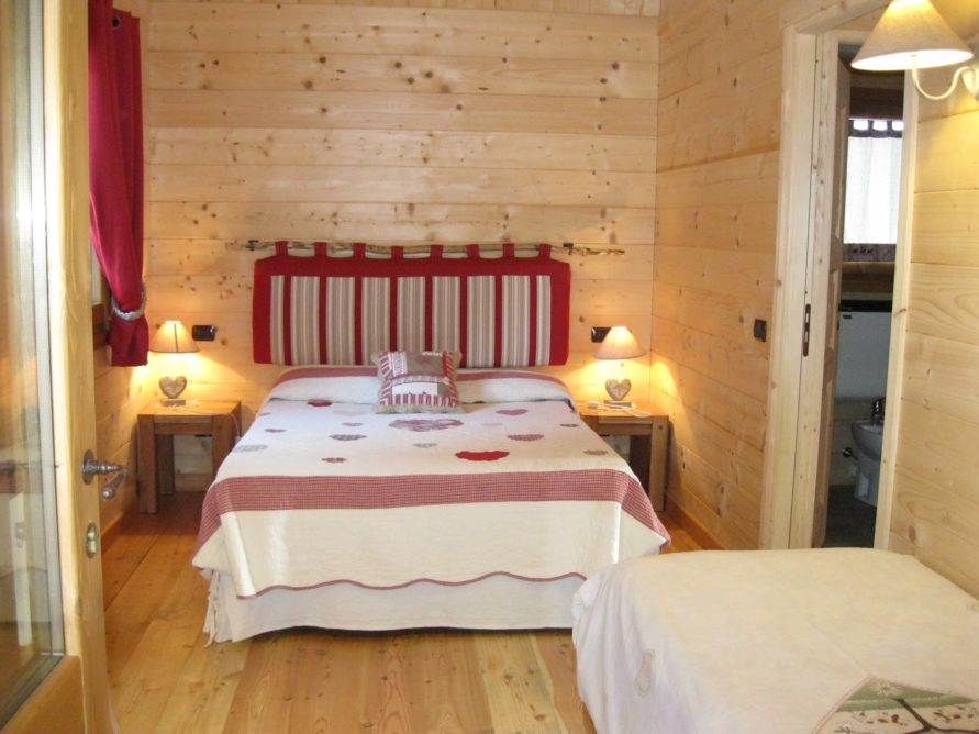 CHALET DISPONIBILE 29-31 AGOSTO A 100€ A NOTTE!!!